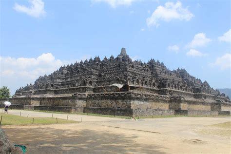 Satu Abad Usaha Penyelamatan Candi Borobudur candi borobudur mengenal asal usul sejarah kemegahannya