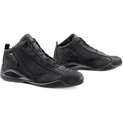low cut motorcycle boots 1000 images about men s boots shoes on pinterest