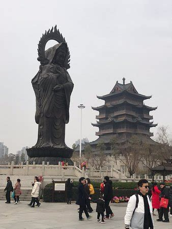 guiyuan temple wuhan china address phone number