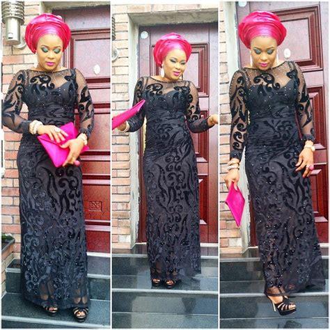 yoruba iro and buba style with lace and picture lovely lace iro and buba style http www dezangozone com