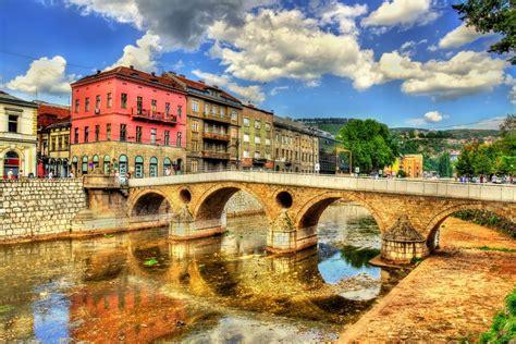 le si鑒e de sarajevo guide de voyage de la bosnie herz 233 govine easyvoyage