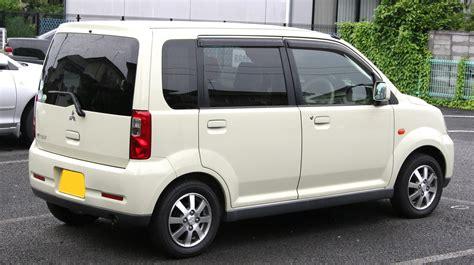 mitsubishi ek wagon 2012 file 2004 2005 mitsubishi ek rear jpg wikimedia