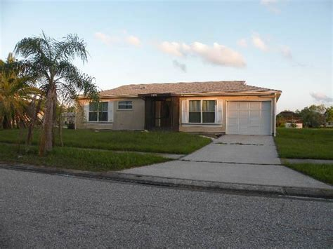4229 hartsook ave port fl 34287 foreclosed home