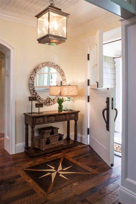 ditch  clutter  minimalist entryways