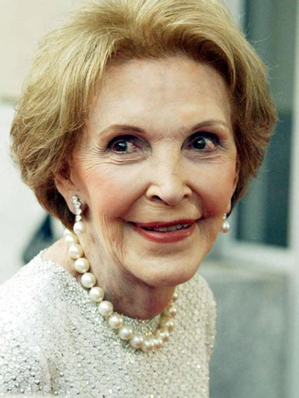 nancy reagan nancy reagan 6 classic looks worn by the first lady