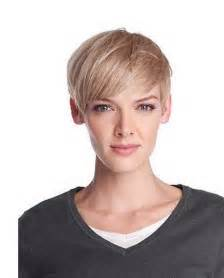 Improve your hairstyles with short straight hairstyles for fine hair