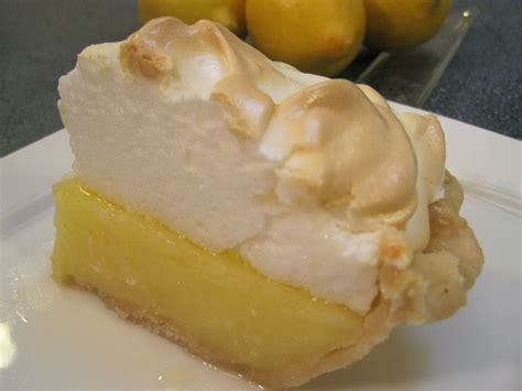 lemon pie filling with meringue topping how to make lemon filling and meringue recipe youtube