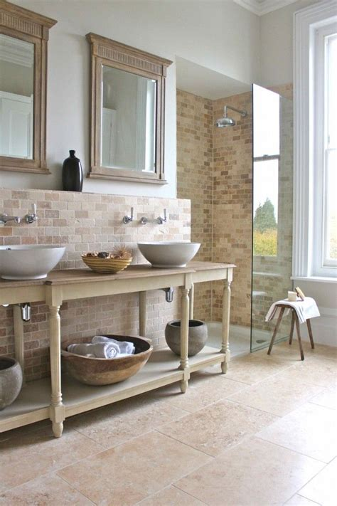 25  best Country Style Bathrooms ideas on Pinterest