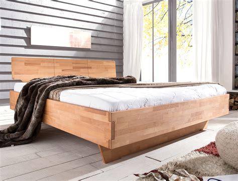 doppelbett schlafzimmer massivholzbett cintio 180x200 kernbuche ge 246 lt doppelbett