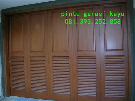 Jual Pintu Garasi jual pintu garasi kayu jati berkualitas bagus mbarepjati