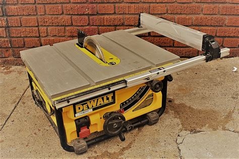 Rent Table Saw by Table Saw Rental Rent A Tool In Nyc We Deliver