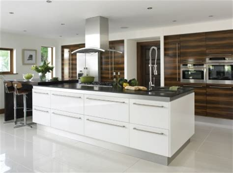 Oakwood Kitchens   Bella by BA kitchen range