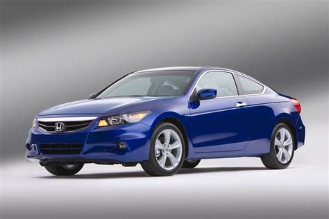 2011 honda accord coupe review honda restyles the accord for 2011