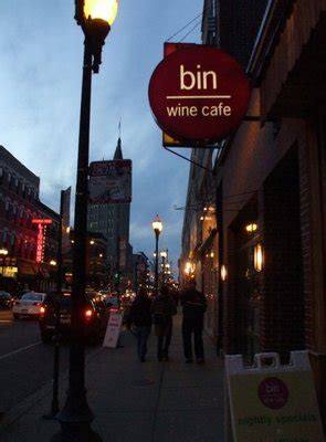 top wine bars in chicago miss a article best wine bars in chicago paperblog