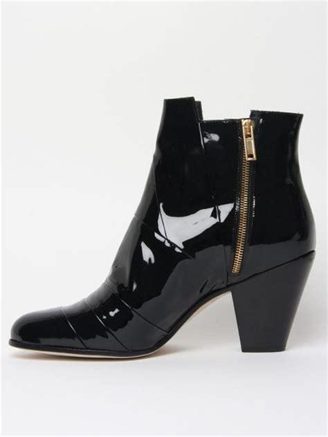 gareth pugh mens boots gareth pugh mens patent cuban heel boot in black for