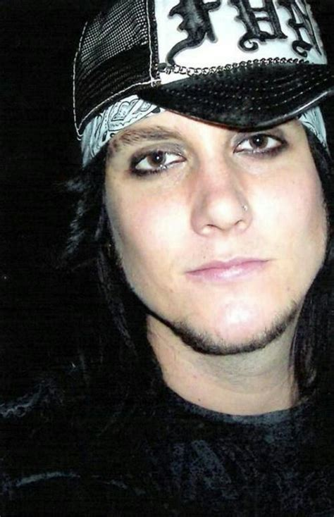 gallery for synyster gates hairstyle tutorial 259 best images about synyster gates on pinterest sexy