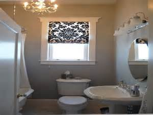 Bathroom Window Covering Ideas by Bathroom Window Treatment Ideas Pictures To Pin On Pinterest