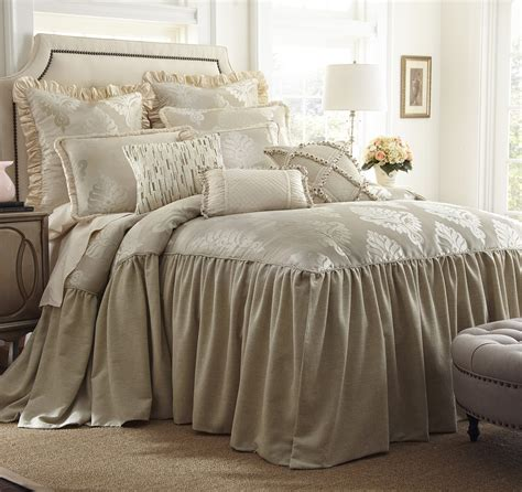 Horn Bedding by Jacqueline By Horn Luxury Bedding