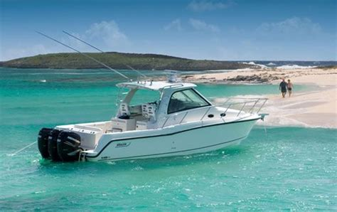 whaler like boats boston whaler would like to have pinterest boating