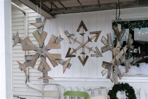 christmas decorations made from wood pallets 10 gorgeous diy decorations made from pallets