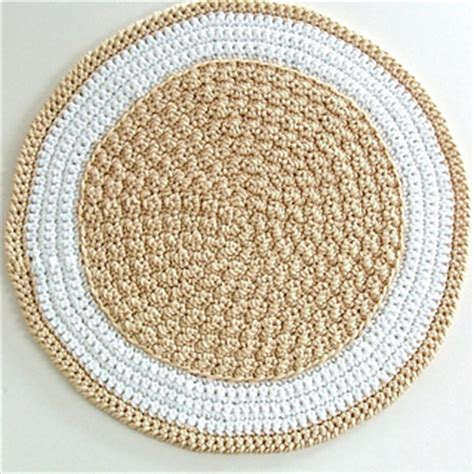 Easy Crochet Rug Patterns Free by Ravelry Crochet Rug A To Stitch Project