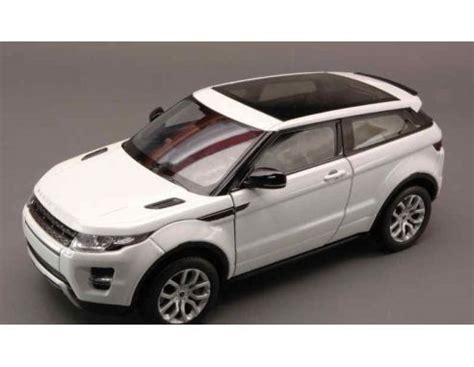 Welly 160 Range Rover Evoque White welly we4619 range rover evoque coupe 2011 white 1 24 modellino die cast models