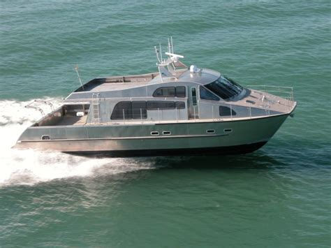 boat manufacturers nz grey heron high speed 16m catamaran marine directory
