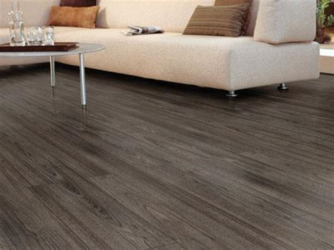 hardwood floors vs laminate floors which one should you
