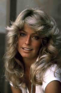 farrah fawcett hair color what color was farah fawcetts hair blackhairstylecuts com