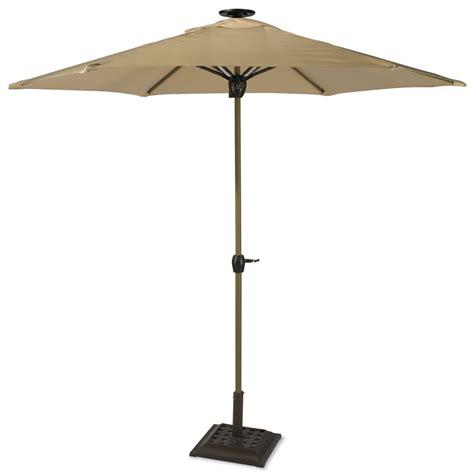 Light Up Patio Umbrella by The Solar Powered Lighted Patio Umbrella Hammacher Schlemmer