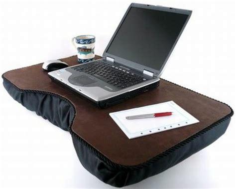 laptop unterlage bett laptop kissen funktionell und komfortabel