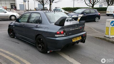 mitsubishi evo 8 mitsubishi lancer evolution viii mr fq 320 15 january