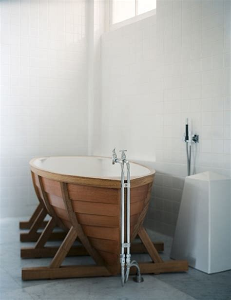 Cool Bathtub by Picture Of Bathtub Shaped Like A Boat