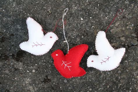 pattern for felt dove ornament tiny happy peace dove pattern