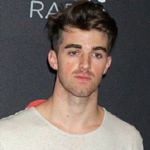 biography of the chainsmokers andrew taggart bio facts family famous birthdays