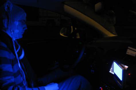 a quoi sert une le uv pour les ongles a quoi sert le temoi bleu dans une voiture voitures