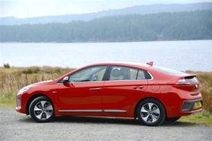Electric Cars Uk Reviews Hyundai Ioniq Electric Review Greencarguide Co Uk