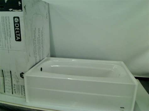 54 inch bathtubs delta 245430al 54 inch by 30 inch styla acrylic with innovex technology bathtub ebay