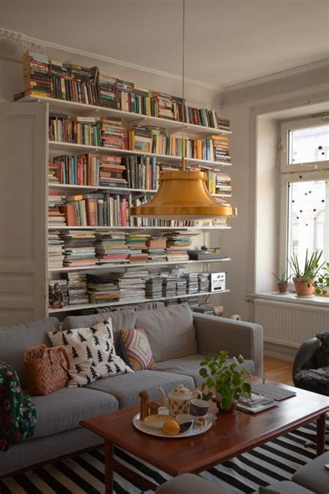 living room with bookcases ideas 1000 ideas about living room bookshelves on