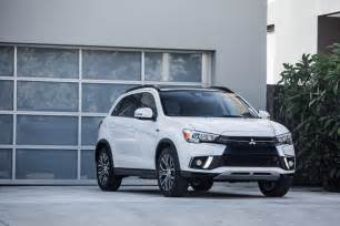 Mitsubishi Outlander Se 2018 Mitsubishi Outlander Sport Gets A Facelift The