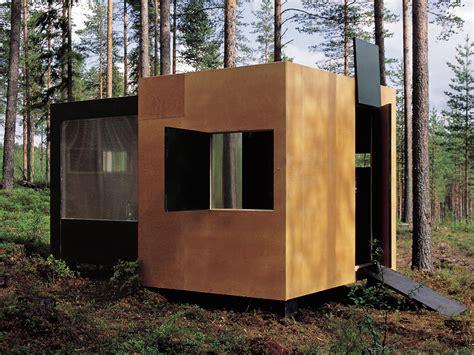 wohncontainer aus holz transportabler wohncontainer detail inspiration