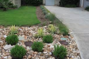 Landscape Rock Options Willing Landscape Front Lawn Landscaping Ideas Using