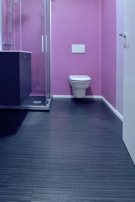 rivestimento pavimenti pvc foto pavimento e rivestimento bagno in pvc lvt di