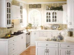 Decorating Ideas For Kitchens With White Cabinets by White Cabinet Kitchen Design Ideas Kitchendecorate Net