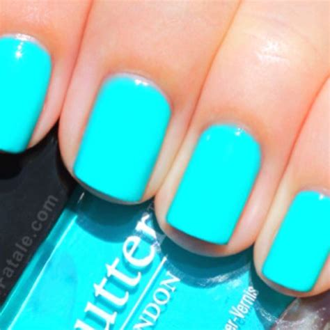 Turquoise Blue Nail