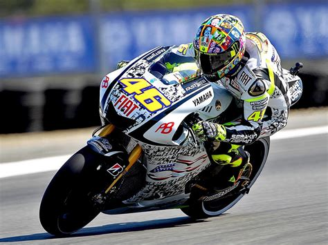 wallpaper valentino rossi valentino rossi photo hd wallpapers