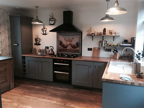 Dust grey Shaker fitted kitchen in Quarry Bank West