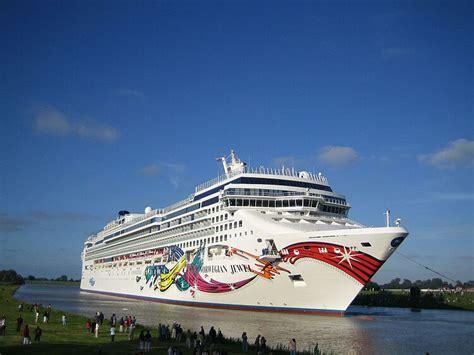 ship jewel 21 perfect cruise ship norwegian jewel fitbudha