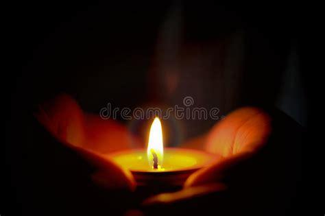 preghiera della candela il concetto di speranza e di preghiera della candela si