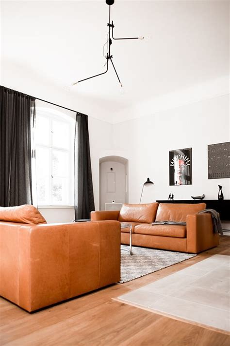tan brown leather sofa best 25 tan leather sofas ideas on pinterest